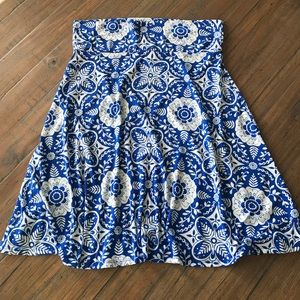 LuLaRoe Skirts - LuLaRoe 2XL blue & white floral Azure skirt